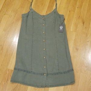 NWT Vince Camuto Sleeveless Dress